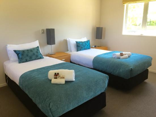 Arrowfield Apartments: Arrowfield - Twin share bedroom