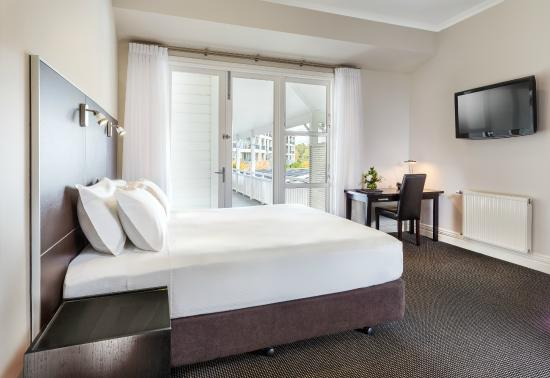 Hilton Lake Taupo: Guestroom Deluxe