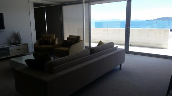 Sacred Waters Taupo Luxury Apartments: Main living area with bedrooms either side