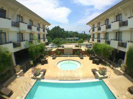 Swimming Pool View Picture Of Mansion Garden Hotel Subic Bay Freeport Zone Tripadvisor