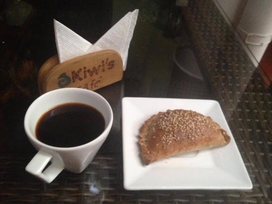 Kiwi's Café restaurante: エンパナーダ