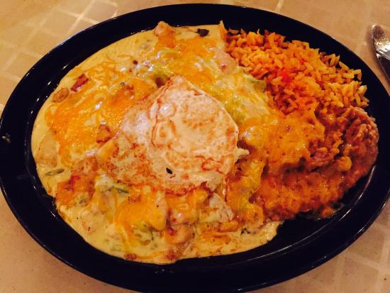 Andele's Dog House : Enchiladas with green chilies - amazing!