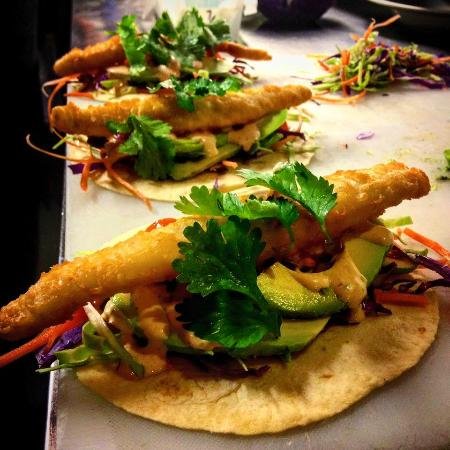 Global Bar & Cafe: Baja fish tacos