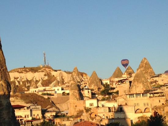 Oriental Cave Suites: View from breakfast rooftop
