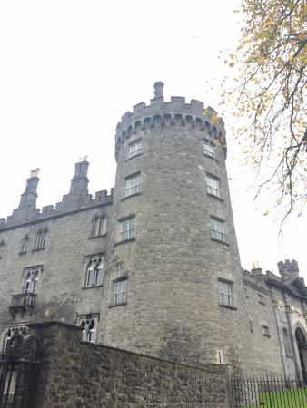 Kilkenny, Irland: Another angle of the castle