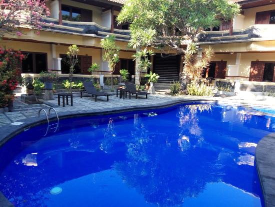พาราดิโซ บีช อินน์: Pool area