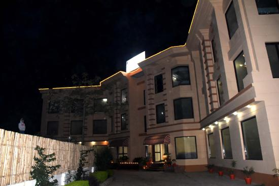 Maa Trinayani Palace