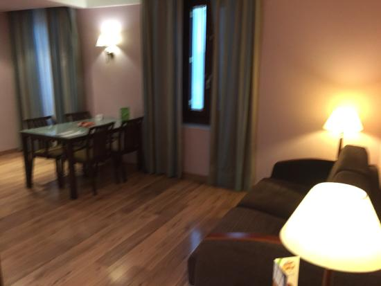 Suites Gran Via 44: Suite