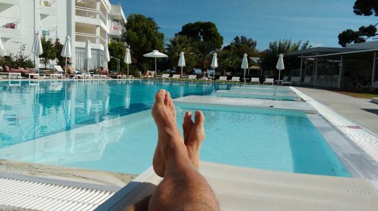 Marathon Beach Resort Relajate