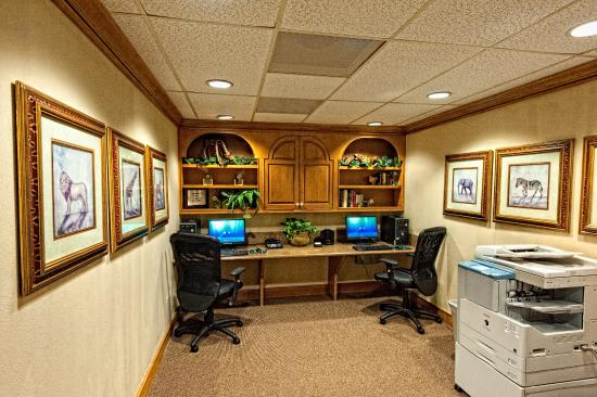 Homewood Suites by Hilton Fort Myers: 24 Hr Business Center