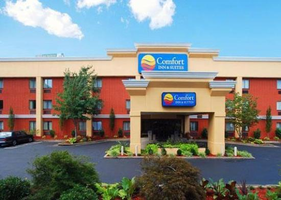 Photo of Comfort Inn & Suites Cleveland
