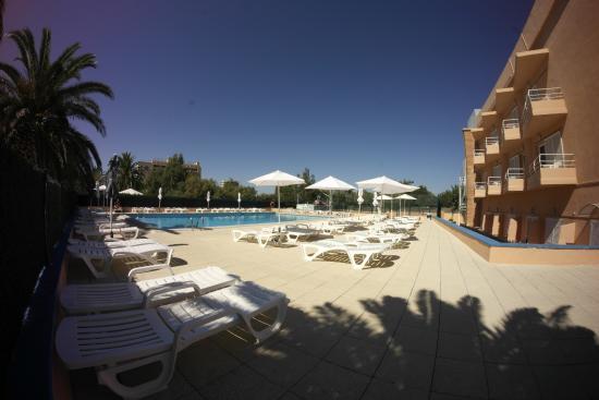 Hotel Nautilus: Piscina