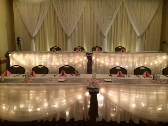 Country Inn & Suites By Carlson, Mankato Hotel and Conference Center: Head Table