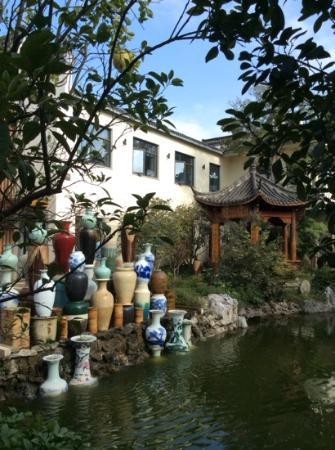 Chinaware Hotel