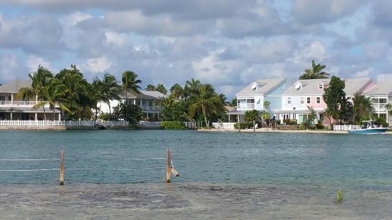 Sandyport Beaches Resort: 20150818_100405_large.jpg