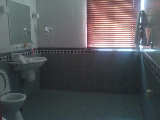 Amberton Cozy: Нерационально использованное пространство ванной