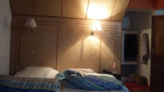 Hotel Phamrong : room no 4.