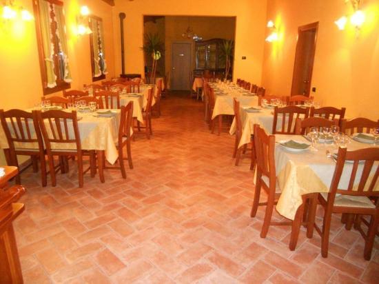 Lozzo Atestino, Italia: interno