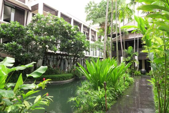 RarinJinda Wellness Spa Resort: Garden