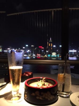 Sheraton Hong Kong Hotel & Towers: Yummy drinks (but not so yummy octopus)