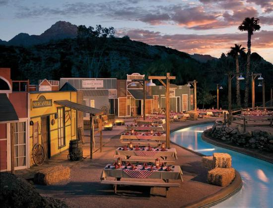 Pointe Hilton Squaw Peak Resort: Tombstone Group Venue