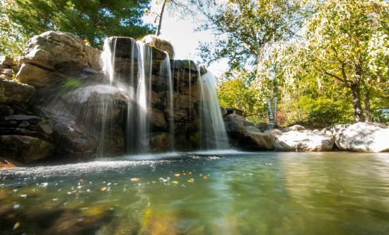 mini golf waterfall picture of split rock resort lake harmony rh tripadvisor com