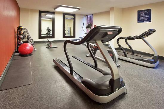 Hampton Inn Athens: Fitness Center