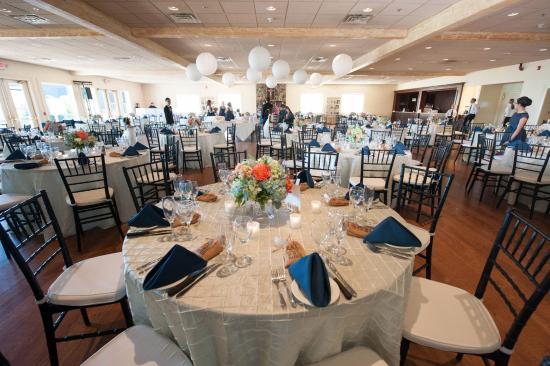 Bristol Harbour Lodge Golf Club June Wedding Reception