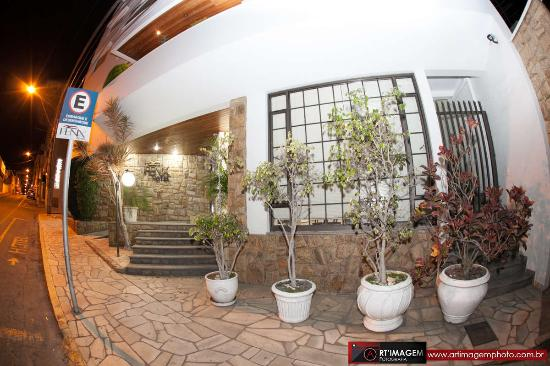 Fenix Hotel: FACHADA