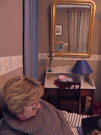 Eparcy, Francia: la chambre bleue et son miroir