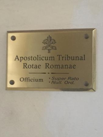 Palazzo della Cancelleria: El Tribunal de la Rota tiene sus oficinas en este palacio