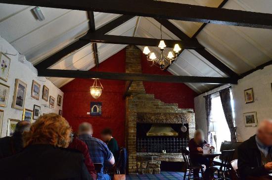 Heddon-on-the-Wall, UK: Fireplace room