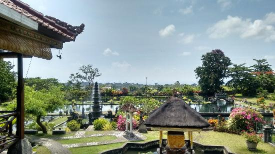 Tirta Ayu Restaurant , The Water Palace , Tirtagangga : IMG_20151112_104116029_HDR_large.jpg