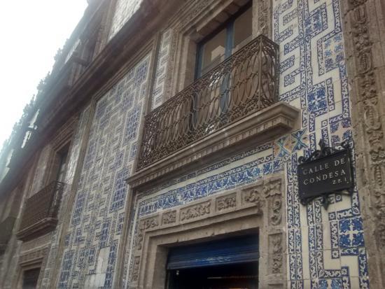 Majestuoso edificio una tradici n foto di sanborns de for Sanborns de azulejos