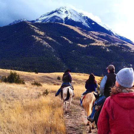 Pray, MT: horseback riding