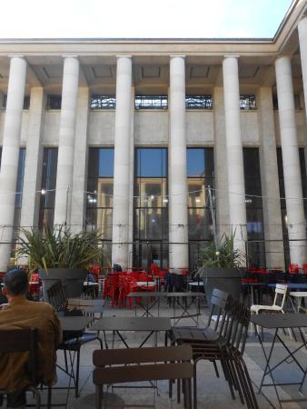 Cafe at Musee d'Art Moderne