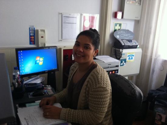 Residencial Valentina: Sandra à l'accueil, obrigada