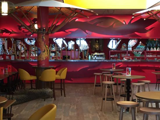 Restaurant Center Parc Bois Aux Daims - Maison dans les arbres Picture of Center Parcs Domaine Le Bois Aux Daims, Les Trois Moutiers