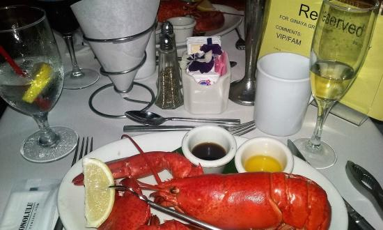 Star of Honolulu - Dinner and Whale Watch Cruises: Maine Lobster! Delish!