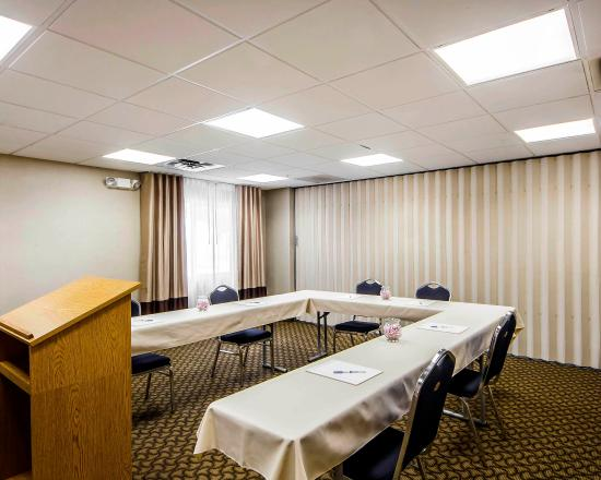 Comfort Inn & Suites Ponca City: Meeting