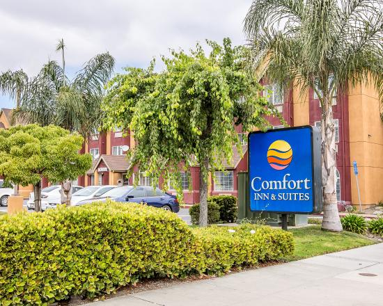 Photo of Comfort Inn & Suites Salinas