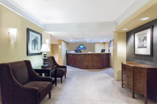 Days Inn Neptune Jacksonville Beach Mayport Mayo Clinic NE: Lobby - Registration
