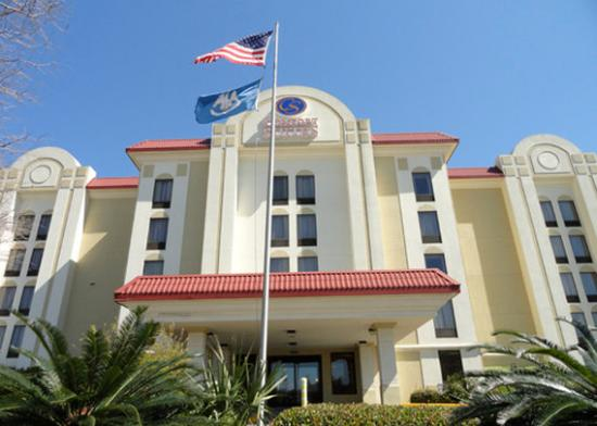 Photo of Comfort Suites University Baton Rouge