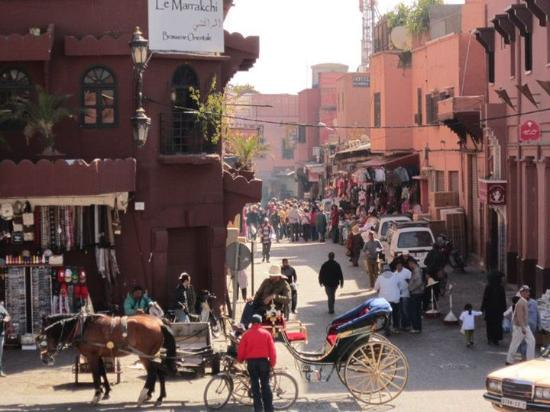 Riad Nomades: place tout près du riad