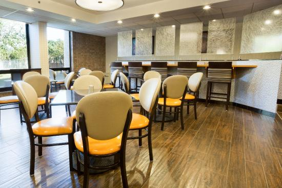 Drury Inn & Suites Austin North: Dining Area