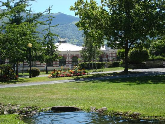 Le gave de pau photo de argel s gazost hautes pyrenees - Thermes argeles gazost jardin bains ...