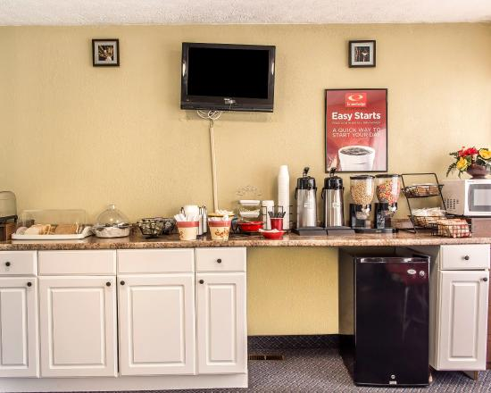 Econo Lodge : Breakfast