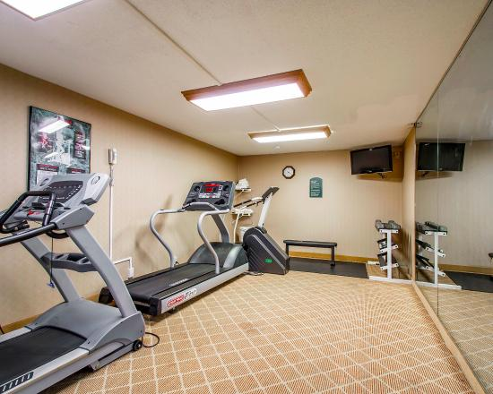 Clarion Inn & Suites: Fitness