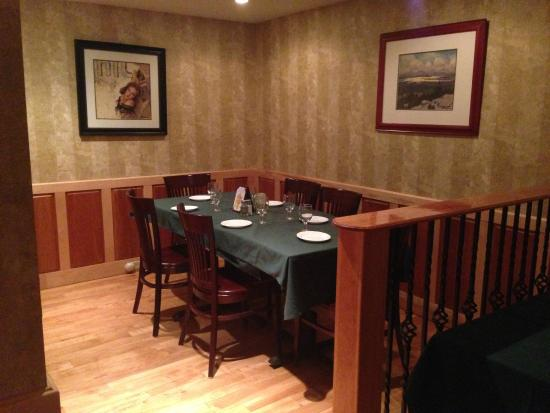 Morrisville, VT: Pub Seating