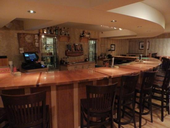 Morrisville, VT: Pub Bar